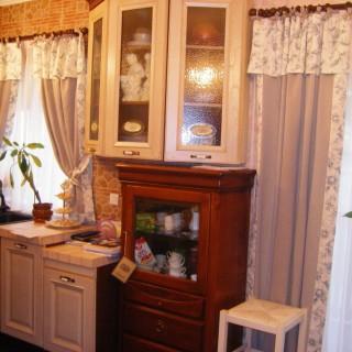 Милые и уютные шторы для Алины в кухню.